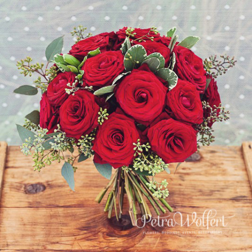 Amelie Poulani, kytica ruží